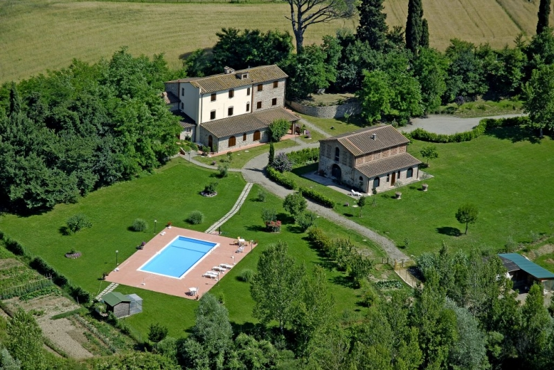 Agriturismo in a peaceful location