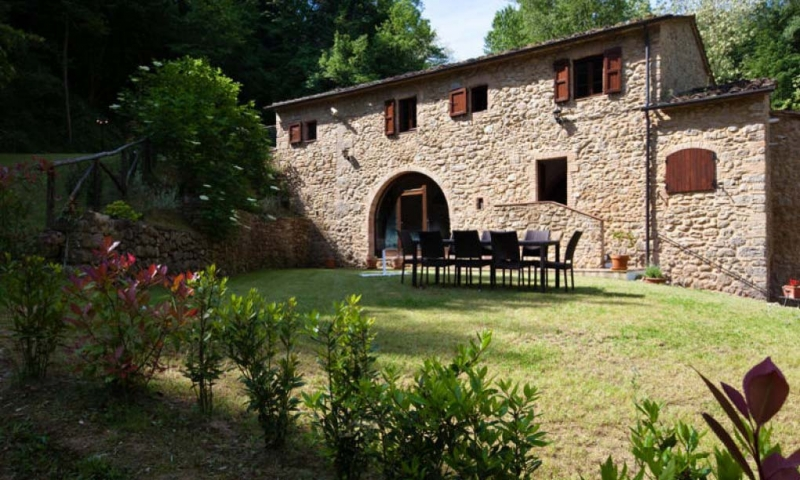 Charming mill completely renovated in Volterra countryside